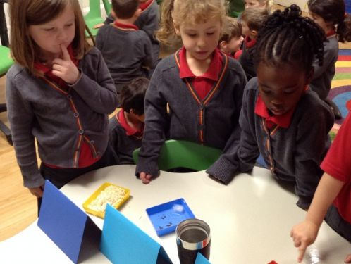 Reception children learn about freezing and melting