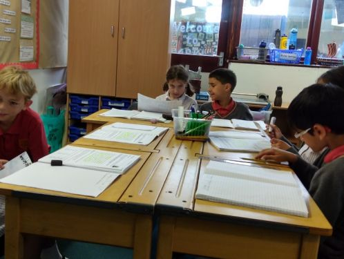 Year 4 act as Viking estate agents!