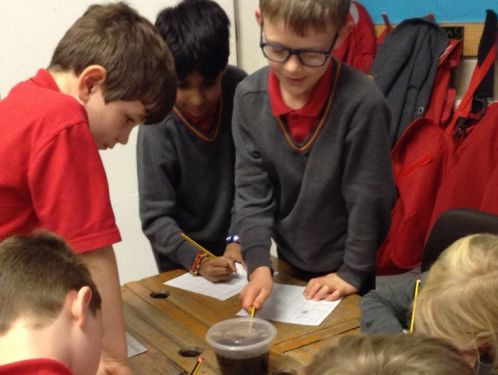 Year 3 tackle a few scientific experiments relating to teeth