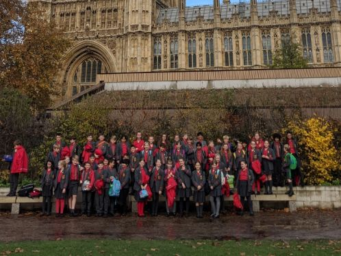 Year 6 enjoy a visit to the Houses of Parliament