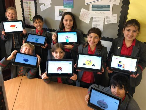 Year 5 use emojis in ICT
