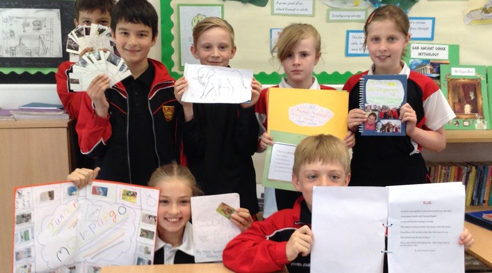 Year 5 present their Morpurgo project work