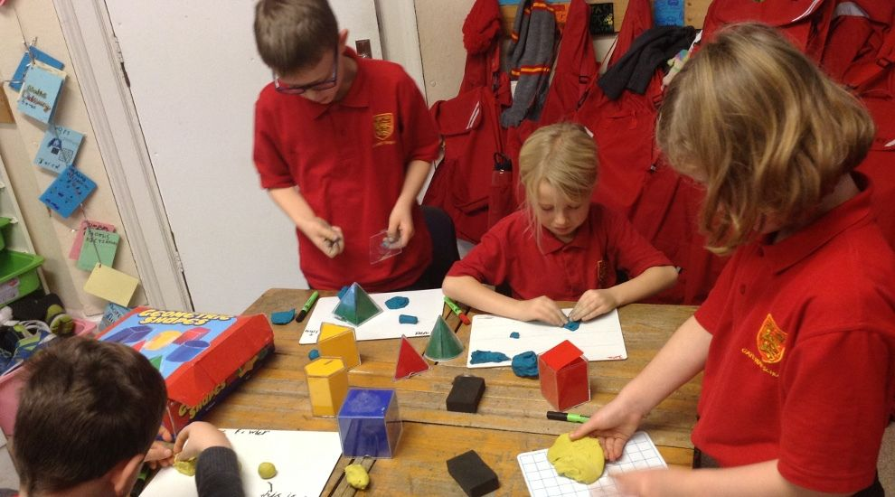 Year 3 study 3D shapes