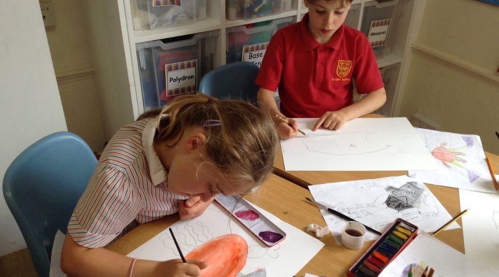 Year 2 paint some wonderful sea creatures