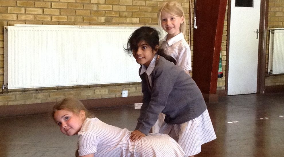 Year 2 step back in time to the Victorian era