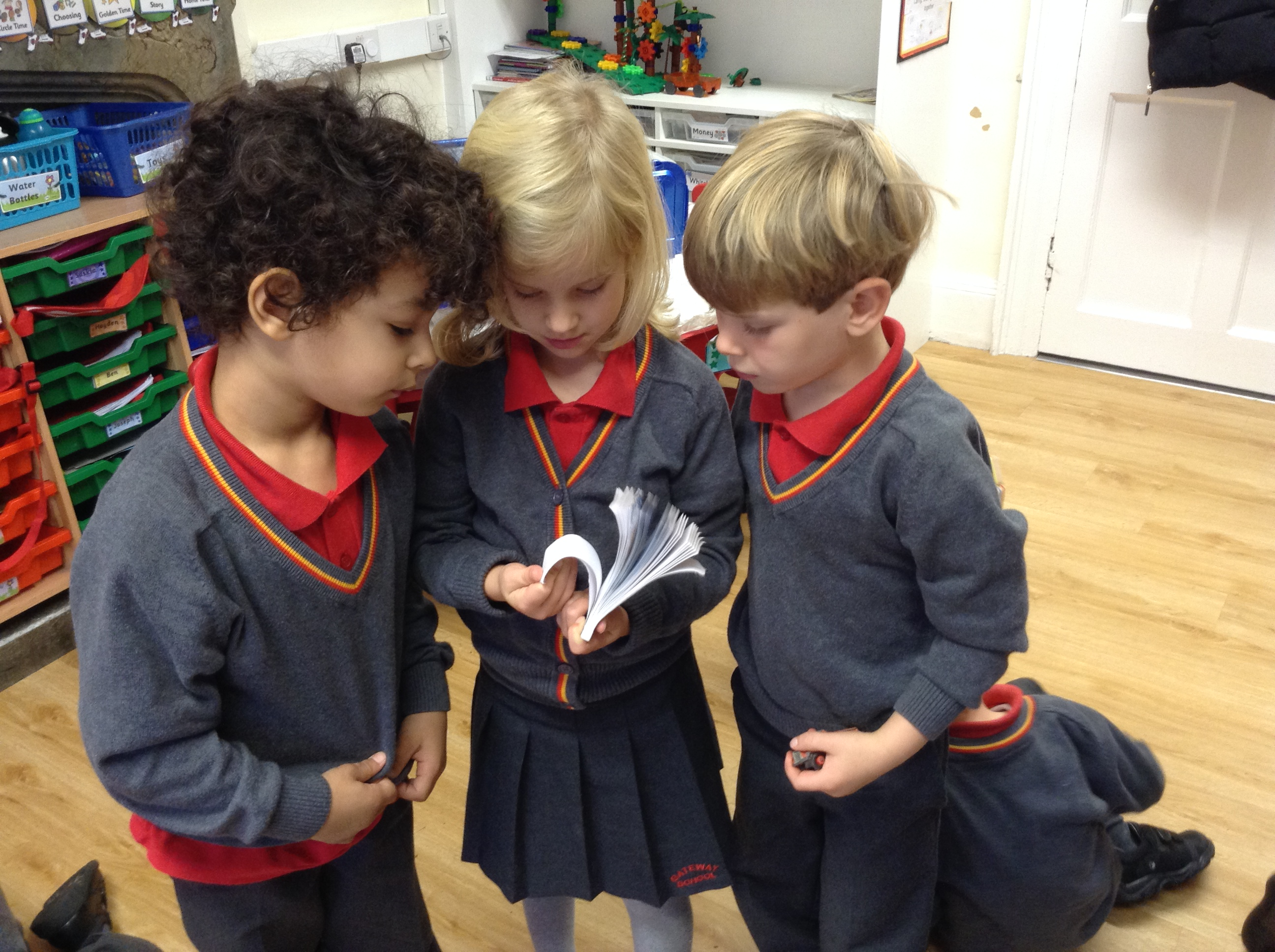 Reception investigate toys from the past